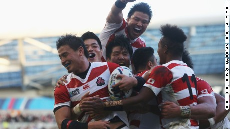 Ayumu Goromaru regarding Japan ceelbrates scoring the next try throughout the 2015 Rugby world Cup Pool B match among South Africa along with Japan in the Brighton community Stadium.